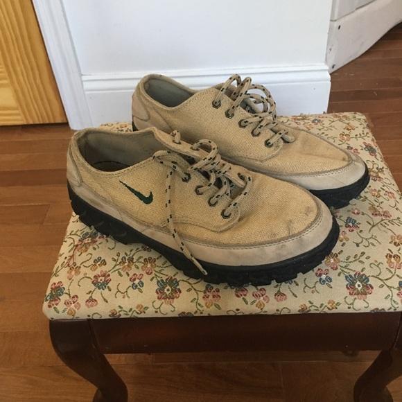 fd8262654548 Vintage Woven Nike ACG Sneakers. M 5b8d55a8aa57191e069c4b5b
